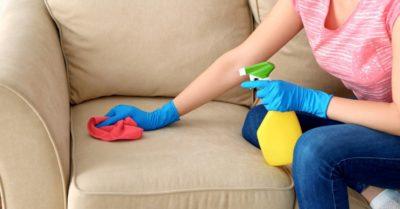 Засаленные пятна на диване чем убрать?