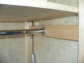 Как стянуть шкаф чтобы полки не падали?